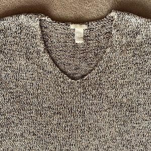 H & M v-neck sweater